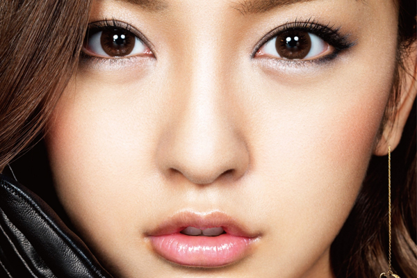 5 Things Girls With Heavy Eyelids Will Understand